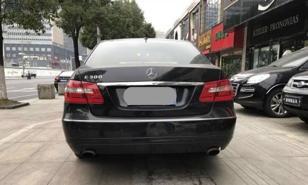 奔驰E级2011款 E 200 L CGI 1.8T 自动 优雅型 可以按揭支持