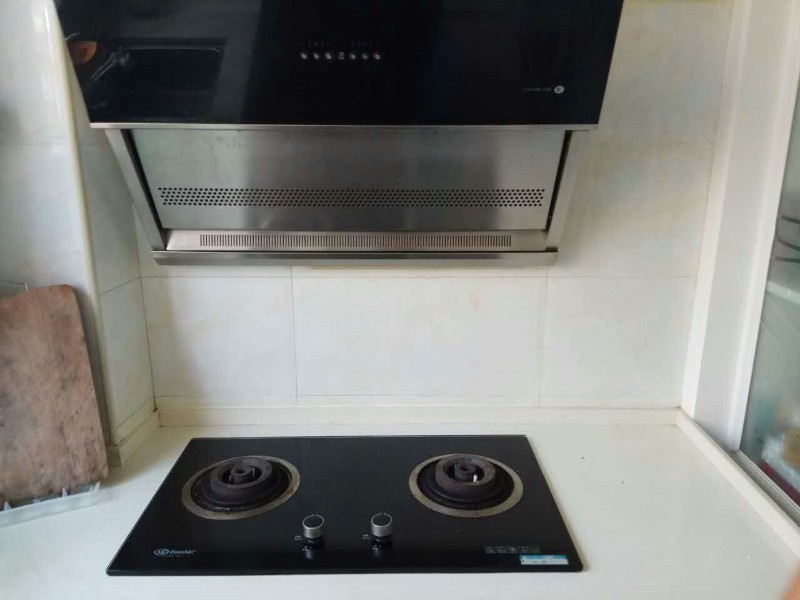 信阳专业上门维修油烟机,燃气灶,热水器,电饭煲,微波炉