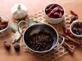 專注于餐飲火鍋調料研發 生產 銷售 委托加工為一體