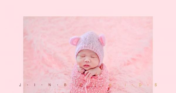 襄阳专业宝贝满月照百天照金贝儿童摄影宝宝吐奶