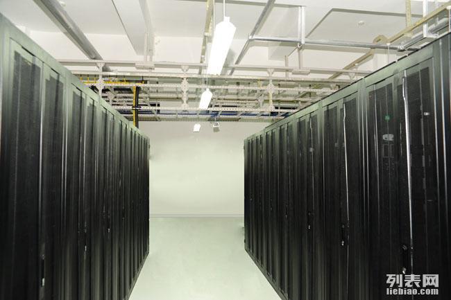 四川哪家公司可以租用服务器??