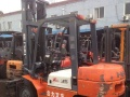 HELI合力蓄电池电动叉车,四轮平衡重式电动叉车