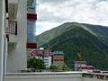 环境好,广场边,室内有88.89平米,外加18平米左右的阳台