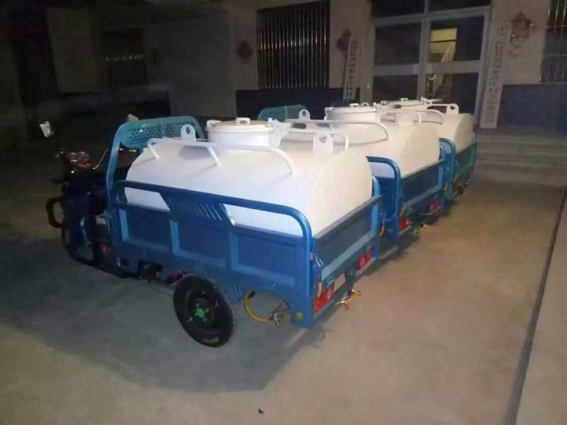 专业生产销售各吨位新旧洒水车