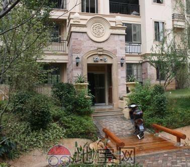 花园洋房 京东 世纪风情 3室 2厅 142平米 整租