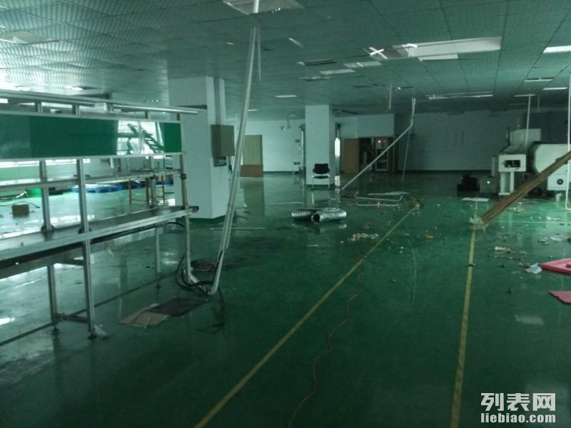 清平高速口1楼厂房1600平层高6米