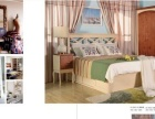 家具店面的床上用品和家居饰品
