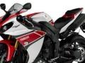 雅马哈YZF-R1摩托车跑车
