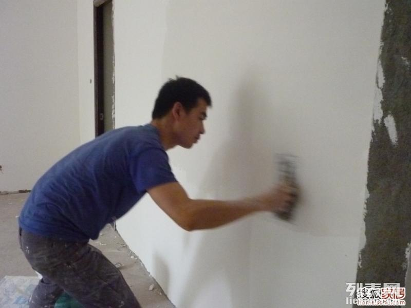 珠海陈师傅,专业刷墙批灰,老旧墙面翻新,二手房装修