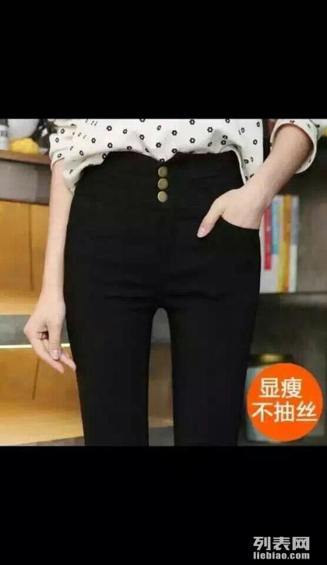 热销地摊货源广东厂家大量服装跑量低价批发