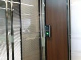 成都市维修玻璃门拉手 加锁更换地弹簧 安装各类门禁