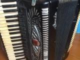 出售二手手風琴120貝斯百樂牌音質好杭州之江飯店附近王先生