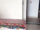 春光路翠洲盈湾 1室1厅60平米 简单装修 年付押一