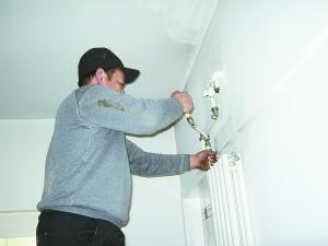 复兴门附近灯具维修安装电话135-2225-4812