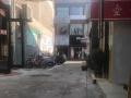 三福斜对面、进巷15米。 商业街卖场 100平米