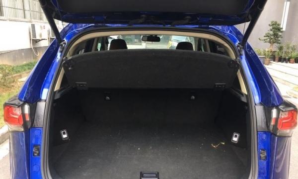 雷克萨斯NX2015款 NX200 2.0 无级 锋尚版(进口) 老板发财一手车