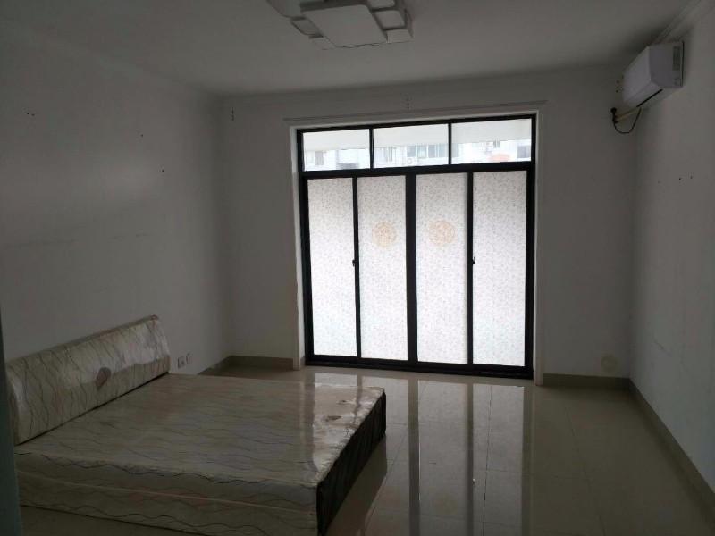 新竹 南宁市气象小区 5室 2厅 190平米 整租