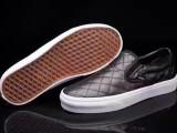 萬斯休閑鞋代理新款板鞋廠家直銷