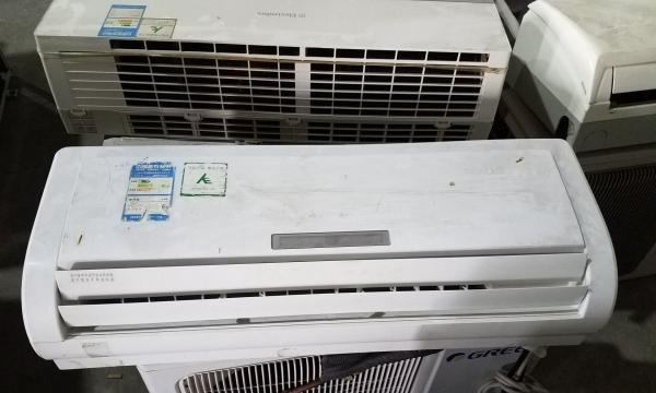 迁安批发大量新空调,海尔,美的等,安装好后付款保证质量