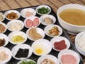 云南过桥米线技术哪家培训 特色砂锅馄饨酸辣粉加盟