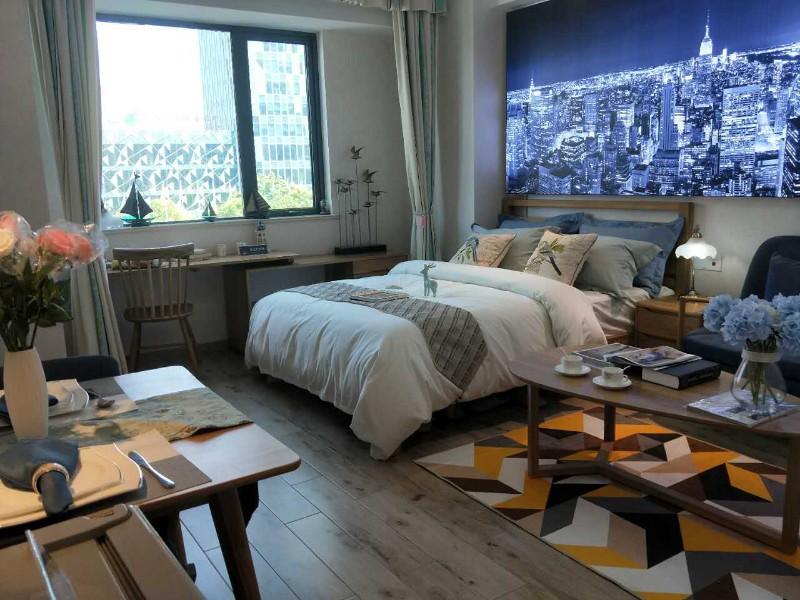 南湖 万达公馆精装修公寓1室1厅50平米出售 价格可面议