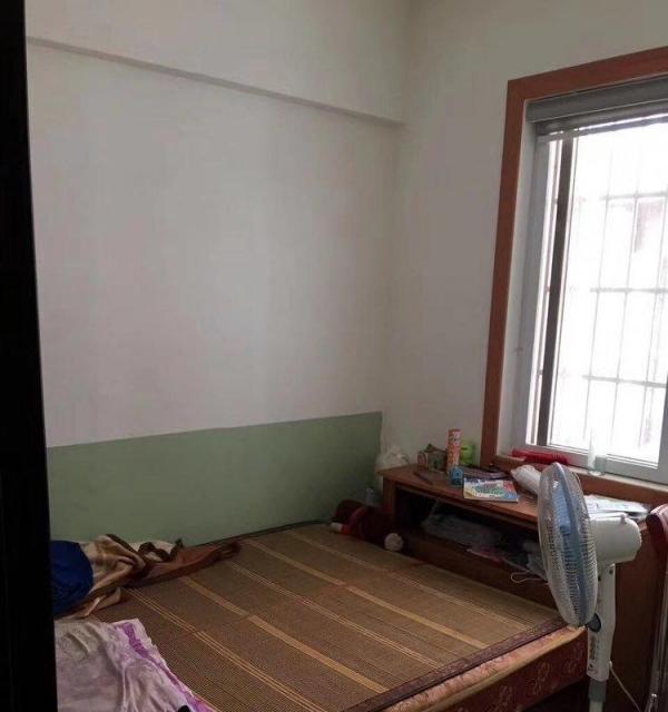 裕达金座 3室2厅2卫 精装修 朝南