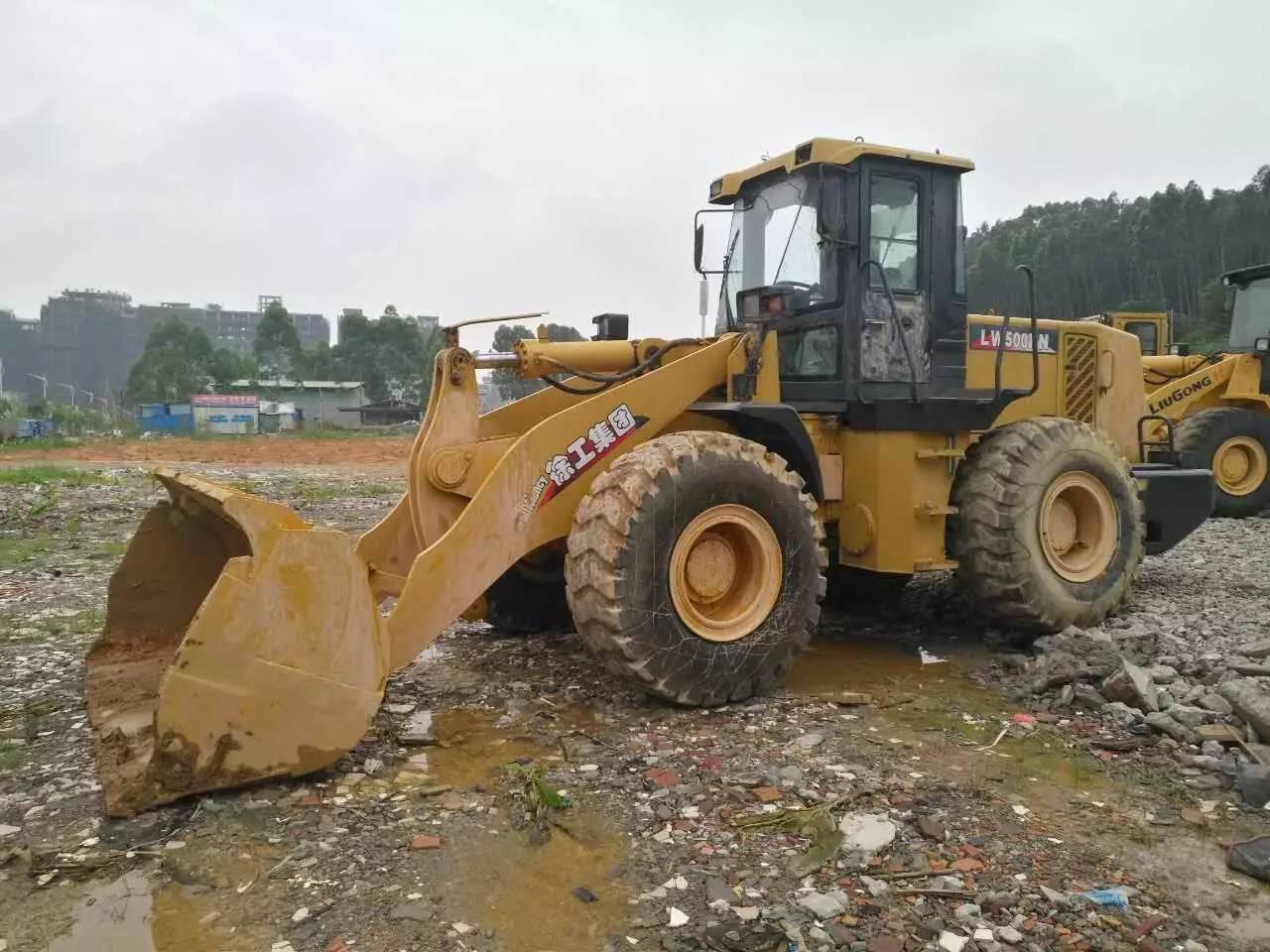 东莞30.50型大铲车出租买卖服务