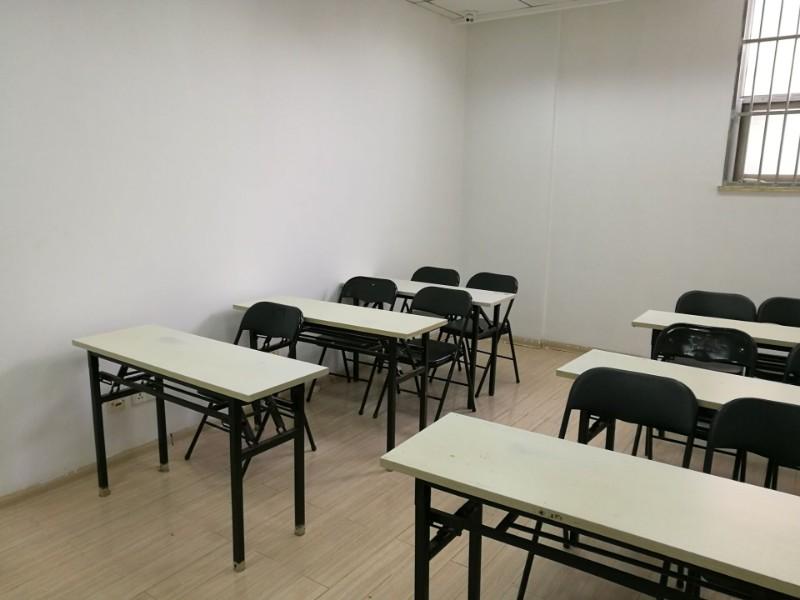 南艺 草场门附近有各类大小教室出租中,欢迎详询