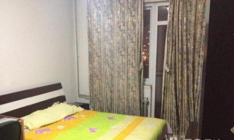 玉树兴业小区 2室1厅 95平米 简单装修 押一付一