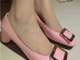 欧洲站2014新款小辣椒方扣粗跟中跟单鞋漆皮方头浅口OL女鞋婚鞋