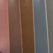 1.0厚PU仿真皮革 卡包皮革 家具沙发油皮皮料 厂家直销 量大从优