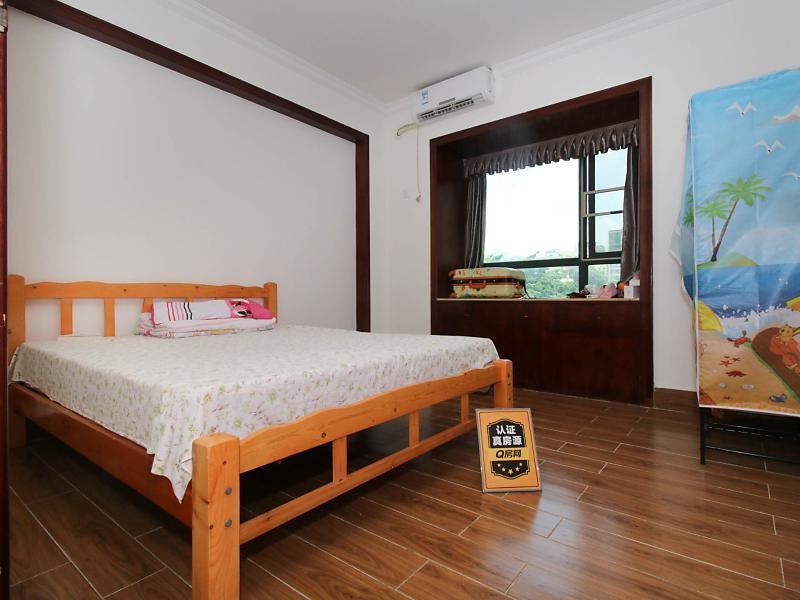 11号线福永站精装三房两厅两卫 双阳台,家私家电全仅租500金域豪庭