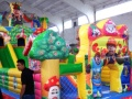 天蕊游乐厂家供应儿童蹦蹦床组合滑梯大型游乐设备水上滑梯