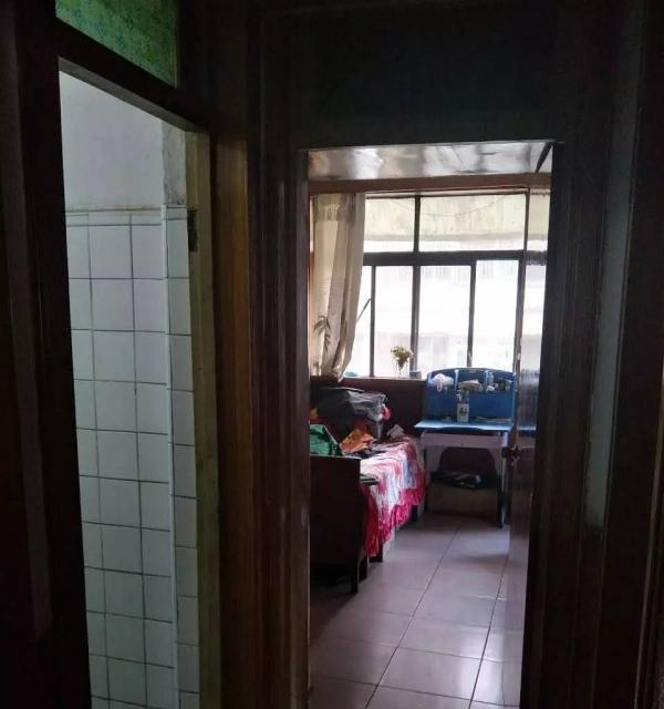 大城小区 2楼 中装 大两居室 拎包入住