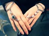 新款绿宝石珍珠手饰 韩版时尚百搭女士连体手链 带戒指手链一体链