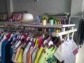 童装店全新童装与货架低价转让