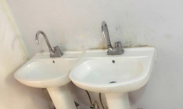 出租石墙单间活力城,亚泰富苑,干净卫生,按月收费