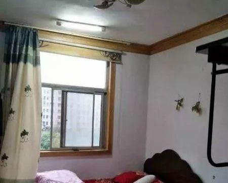 文峰广场 三室一厅一卫 直接拎包入住 家具家电齐全