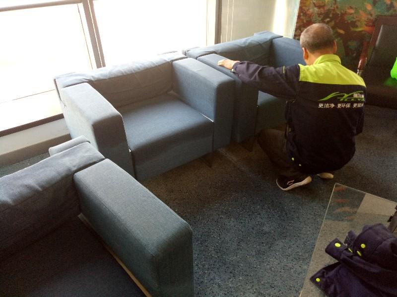 青岛专业清洗沙发清洗餐椅清洗床垫清洗窗帘清洗布艺家具清洗