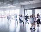 南充哪里可以学习舞蹈学跳舞钢管舞爵士舞酒吧领舞平台