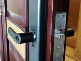 久居福空港晶座开锁换锁换锁芯指纹锁师傅十分钟上门24小时服务