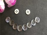 廠家直銷貝殼紐扣,塔螺小圓邊貝殼紐扣,紅底綠底貝殼扣多款供選