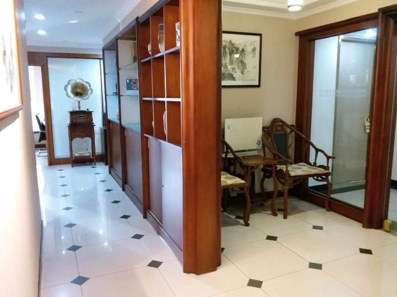 教育培训基地 98平 3+1格局 豪华装修带全套家私