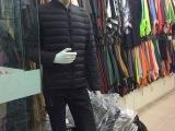 厂家低价直销男装短款羽绒服可批发,零售。