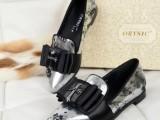 欧洲站新款彩色平跟牛皮单鞋石头纹牛筋底超舒服开车鞋女单鞋