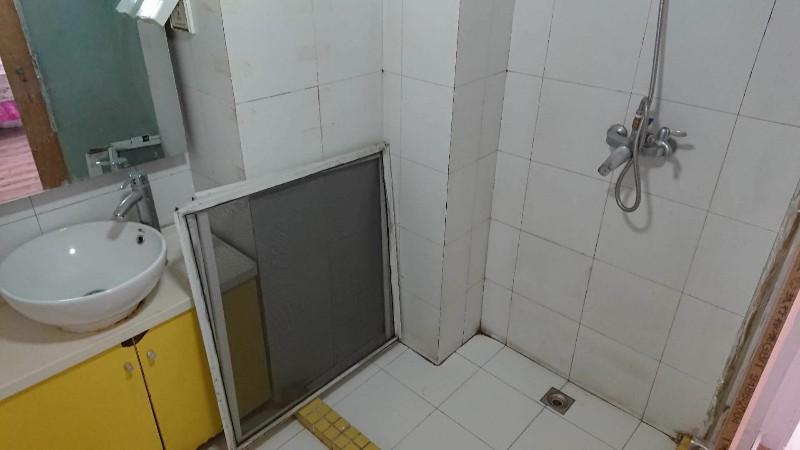 个人出租地铁6号线草房站主卧,无中介费北京像素
