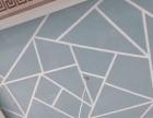 刷墙,贴壁纸,石膏线,改电线。