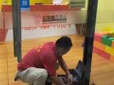 专业维修玻璃门 防盗门 木门 更换地弹簧 维修卷帘门
