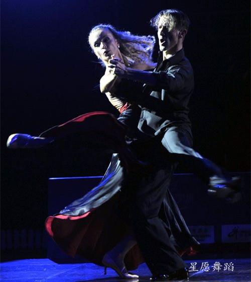 下城文晖大桥附近星愿舞蹈少儿/成人拉丁摩登秋季班在火热招生中