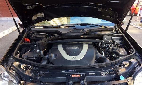 奔驰 GL级 2009款 GL550 5.5 自动 V8